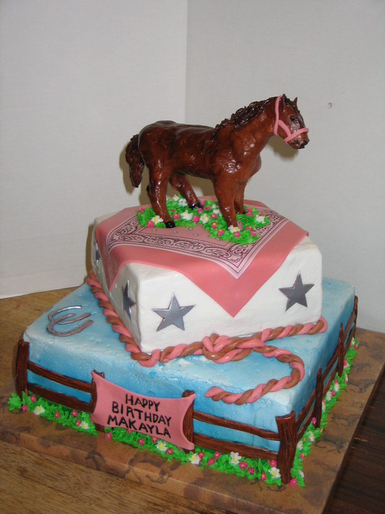 Horse Themed Birthday Cake The Horse Was Sculpted From Gum Flickr