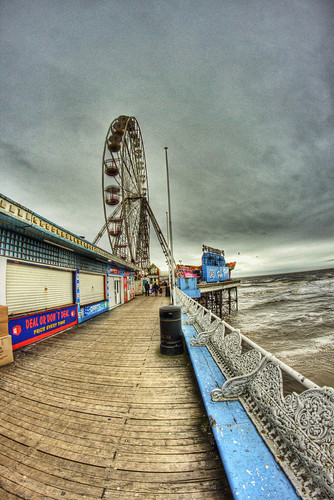 Central Pier HDR 2 | by gavbc www.gavinhaworthphotography.co.uk