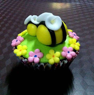 Garden Theme Cupcakes | by ♥ Sweet Creamz ♥