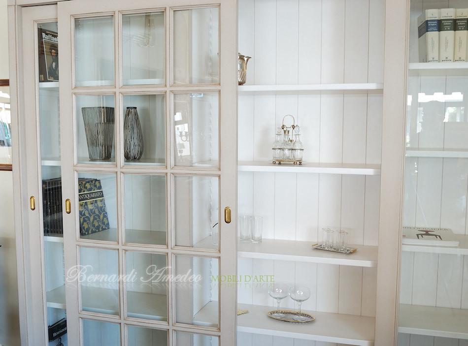 LB63/L2 - Libreria con 3 ante scorrevoli a vetro, laccatur…   Flickr
