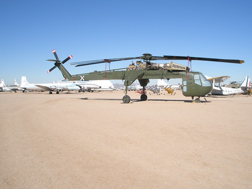 Sikorsky CH-54 Tarhe Heavy-Lift Helicopter | by lhboudreau