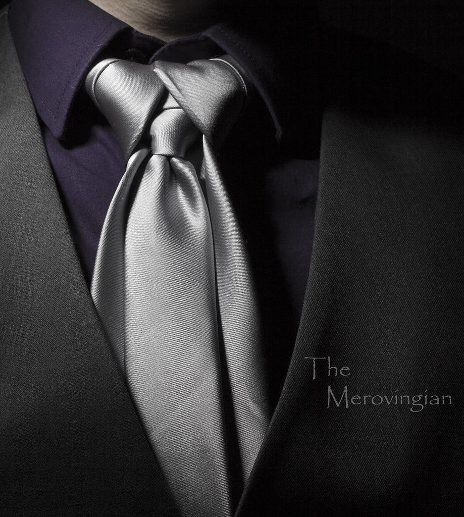 Shirt tie merovingian knot the merovingian aka ediety flickr shirt tie merovingian knot by hejemoni fbauzonx on instagram ccuart Image collections