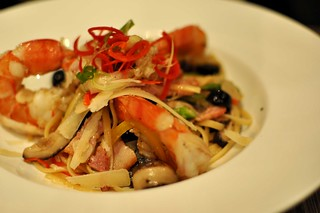 Linguini Aglio Olio with King Prawns & Mushroom *Perle Noire** | by ♥ Elly Jelly ♥