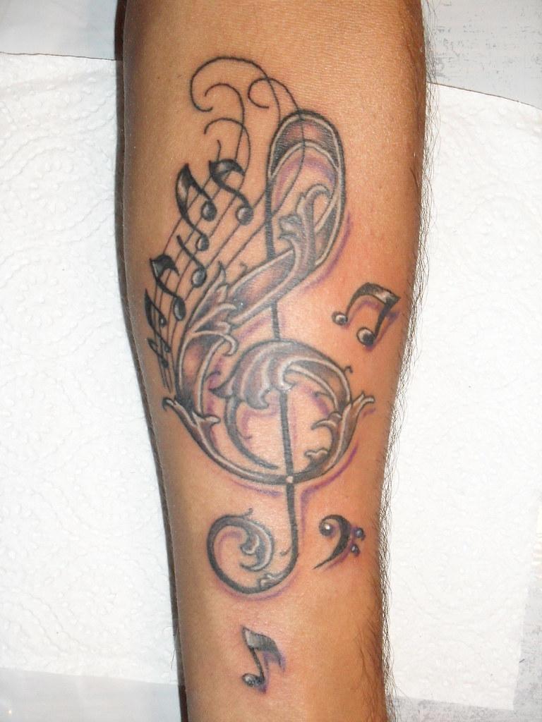 Tatuaje Llave De Sol Con Notas Pablo Miranda Flickr