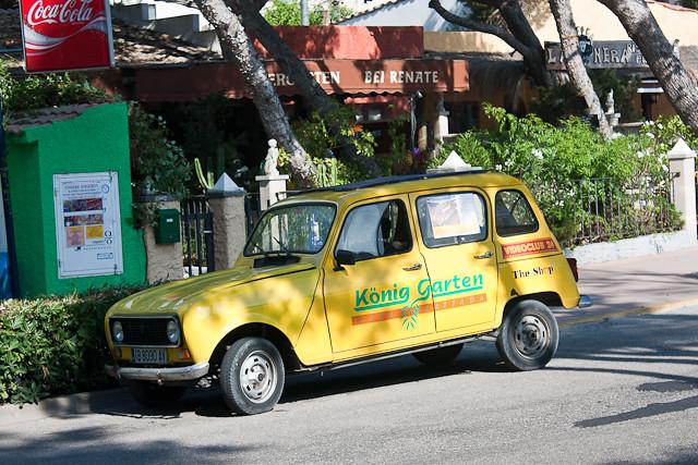 Renault 4 à Cala Ratjada Majorque Renault 4 à Cala Ratja Flickr