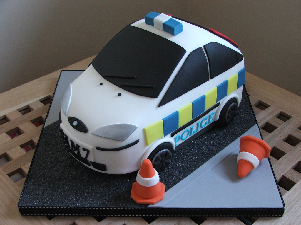 Police Car Birthday Cake Police Car Cake Made For A 7 Year Flickr