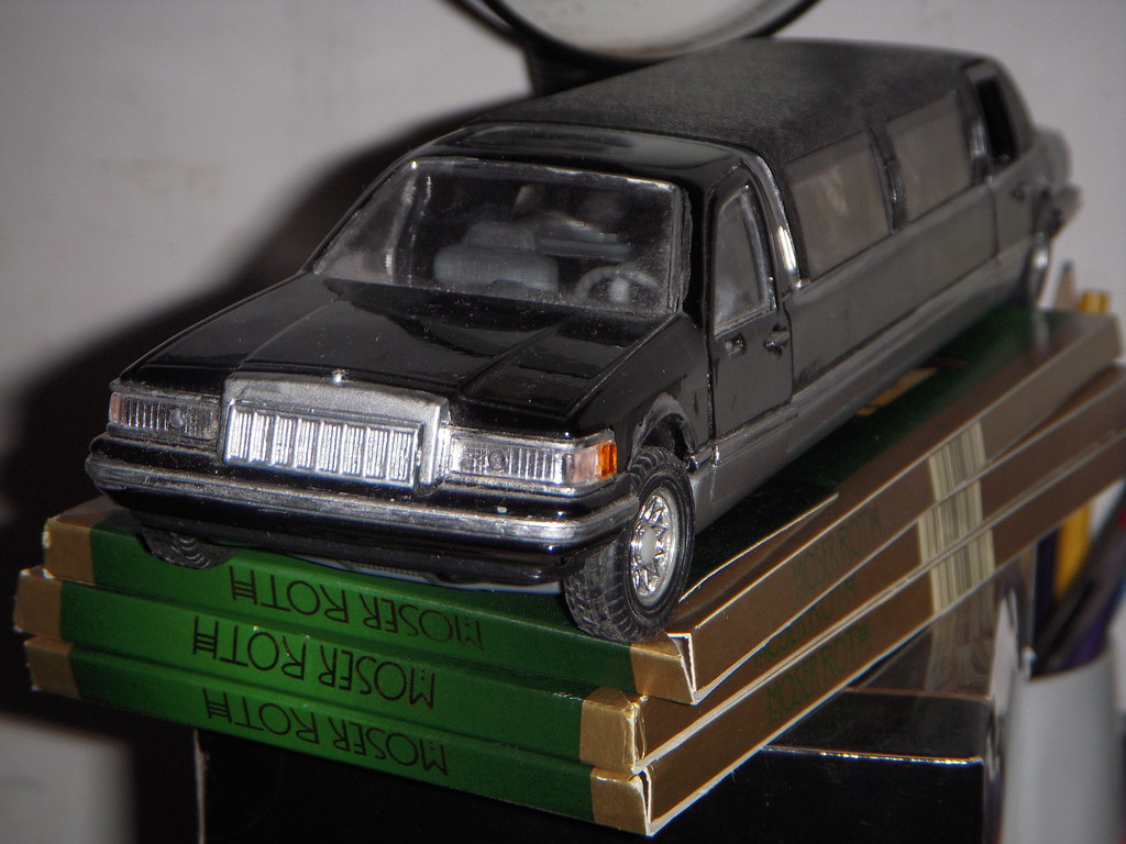 1990 Lincoln Town Car Limousine 1 24 By Sunnyside Sold As Flickr
