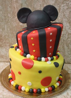 mickey mouse cake | by The House of Cakes Dubai