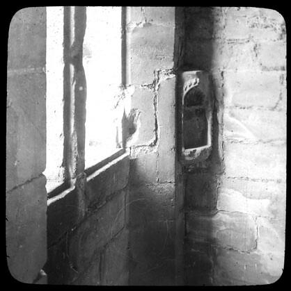 int rieur de ch teau fen tre niche dans le mur fonds tru flickr. Black Bedroom Furniture Sets. Home Design Ideas