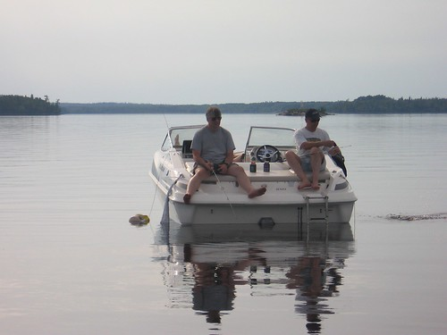 Relaxing on the stillness of lac seul fish lac seul for for Lac seul fishing report