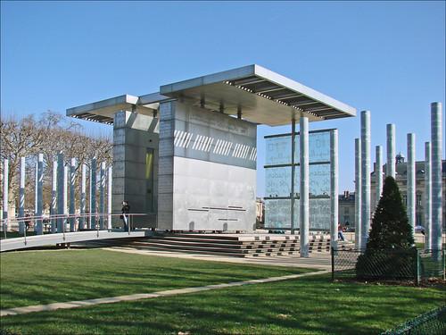 Le mur pour la paix paris le mur pour la paix a t for Architecte 3d hauteur mur