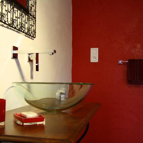 couleur lavande chambre la m diterran enne chambres d 39 flickr. Black Bedroom Furniture Sets. Home Design Ideas