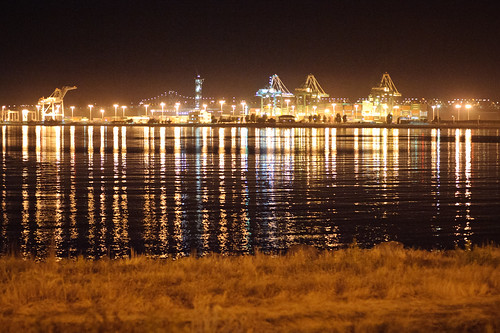 Port of Oakland by Night | by goingslowly