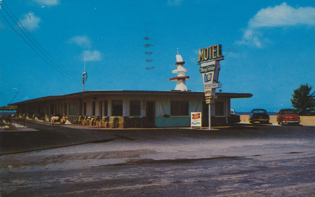 Flagship Motel - St. Petersburg, Florida