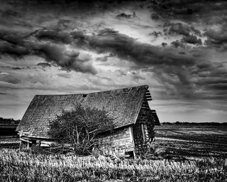 Barn 1 | by DaleC/@flickrfumes
