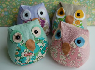 Owl pincushions | by minoridesign