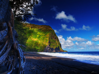 waipio | by paul bica