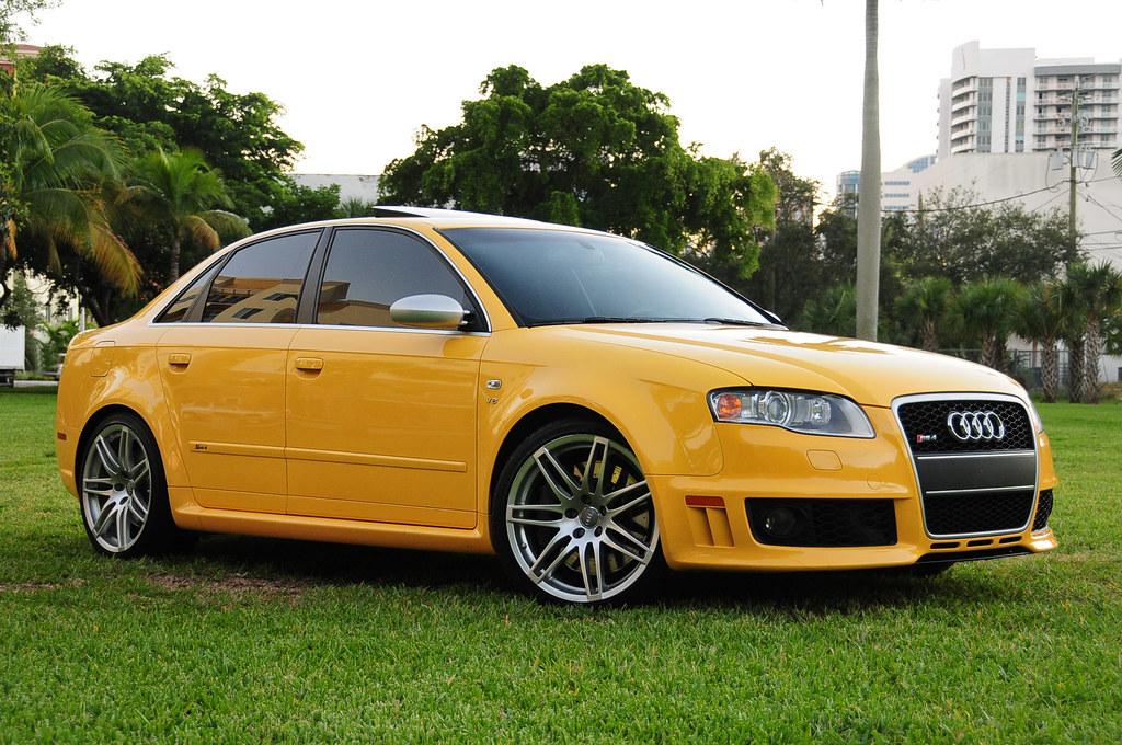 2008 Audi RS4 Imola Yellow | www.ccars.co | Edan Ohayon | Flickr