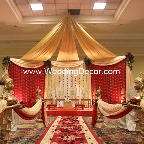 Mandap - red, gold & ivory | A wedding ceremony mandap in re… | Flickr