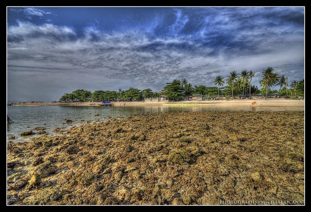 Moalboal Basdaku Beach Resorts Location Moalboal Cebu Flickr