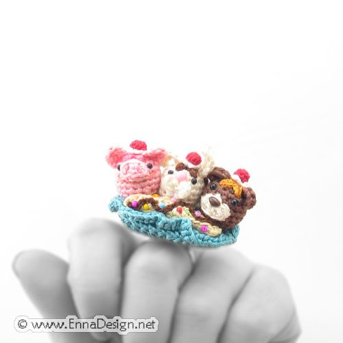 Miniature Amigurumi Neapolitan Ice Cream Sundae Ring | by enna design