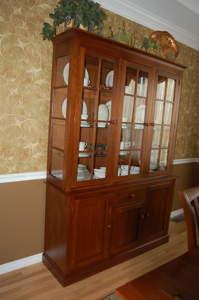 Wonderful ... Ethan Allen China Cabinet And Buffet | By Snowysale