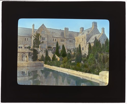 "[""Killenworth,"" George Dupont Pratt house, Glen Cove, New York. (LOC) 