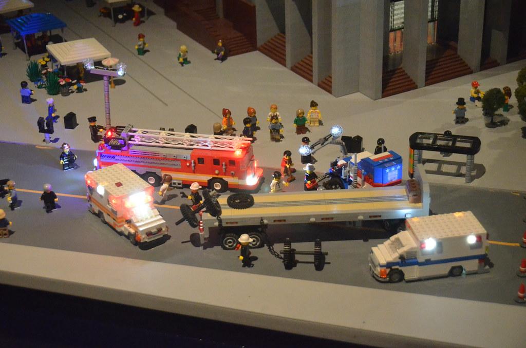 Legoland Somerville (Boston), preview weekend: Baffling ca… | Flickr