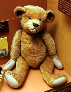 Teddy bear early 1900s - Smithsonian Museum of Natural History - 2012-05-15 | by Tim Evanson