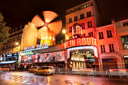 midnight walk to moulin rouge i still remember this day. Black Bedroom Furniture Sets. Home Design Ideas