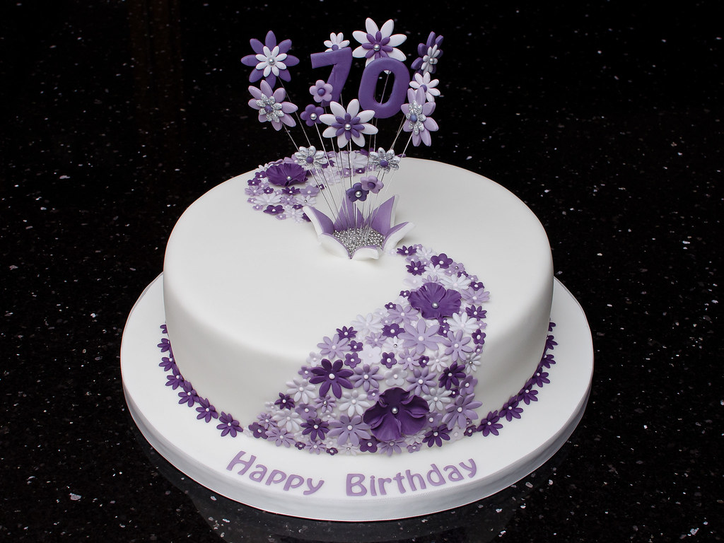 70th Lilac Flower Cake 70th Birthday Cake With Flower Casc Flickr