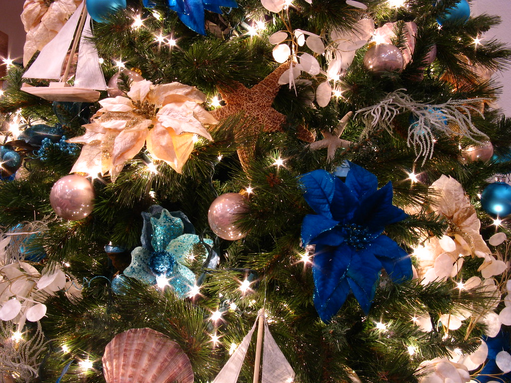 Close Up Detail of the Blue Ocean Themed Christmas Tree | Flickr