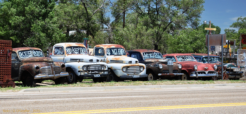 Least Friendly Used Car Lot ... Ever | No free cokes - no fr… | Flickr