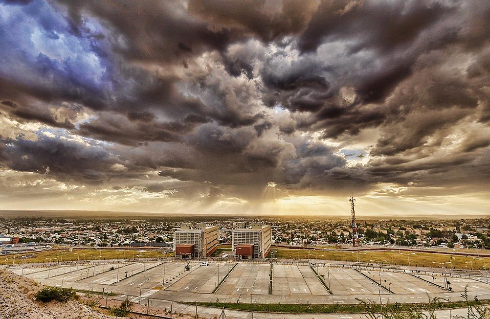 full frame sigma 10 20 | ciudad ministerial neuquen | Flickr
