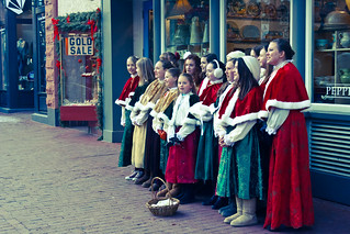 Caroling on Pearl St | by Mani Varadarajan