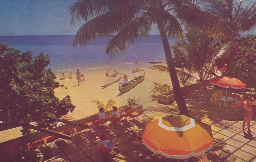 The Edgewater - Honolulu, Hawaii