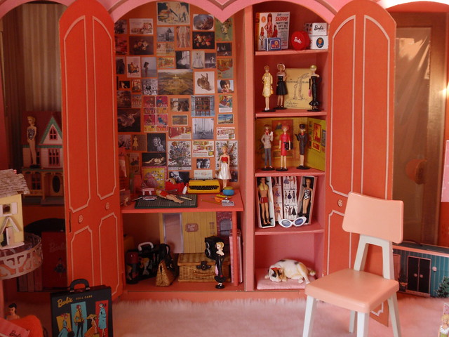 Bella's World: Bella's Doll Room