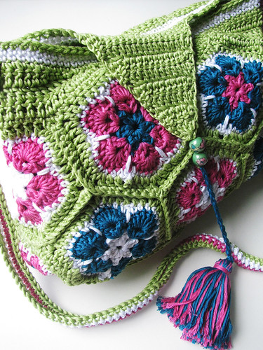 African Flower bag | by Yarn-Madness