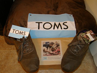 toms shoes, pic 2 | by _tar0_