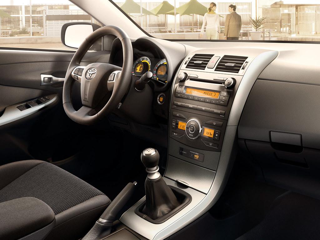 Interior Design : 2010 Toyota Corolla Interior Design Decorating ...