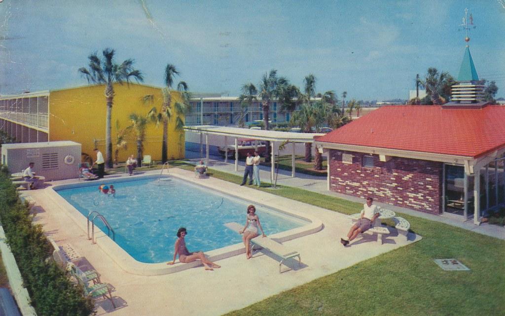 Howard Johnson's Motor Lodge & Restaurant - Tampa, Florida