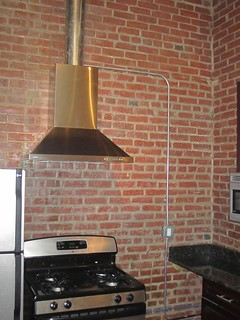 Range Hood and Counter Outlet | by Lauterborn Electric