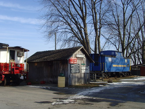 0499 Strasburg - Red Caboose Motel | by KlausNahr