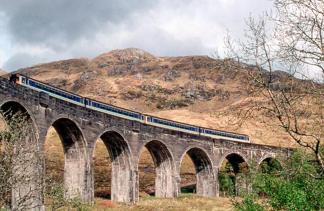 19960601 23 Glenfinnan Viaduct.