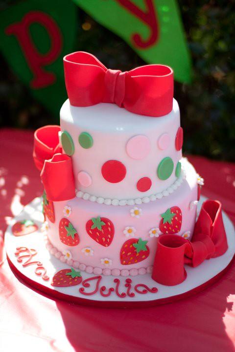 Strawberry Shortcake Birthday Cake My Friend Asked Me To R Flickr