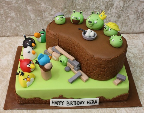 angry birds cake | by The House of Cakes Dubai