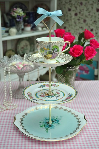 Royal Albert Tiered Cake Stand