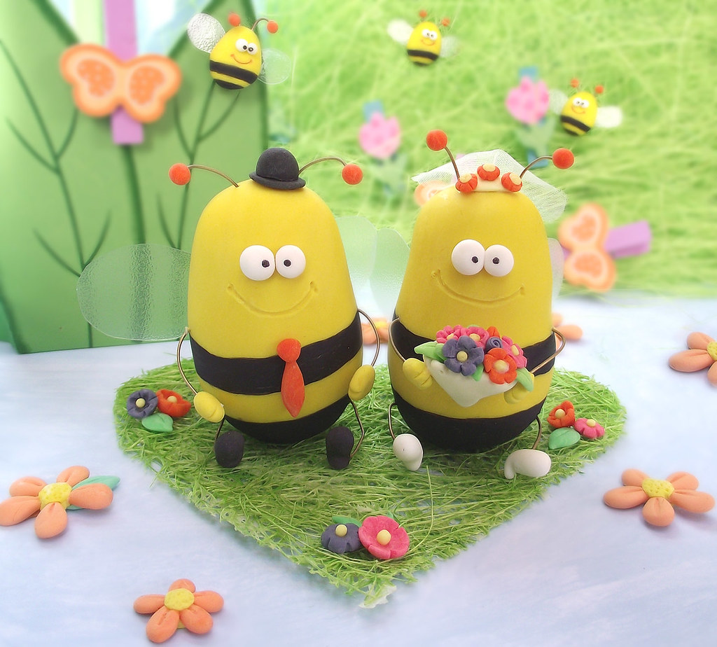 Funny Bee wedding cake toppers   Original, cute bumble bees …   Flickr