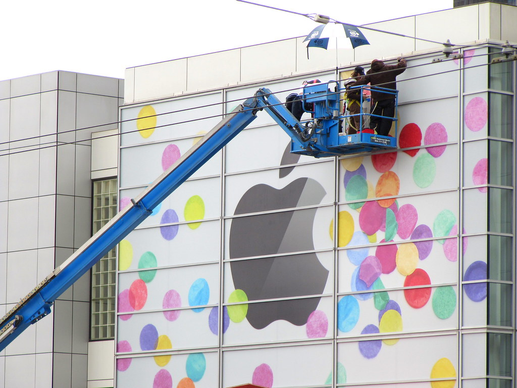 apple store renovation | ma lu  | Flickr