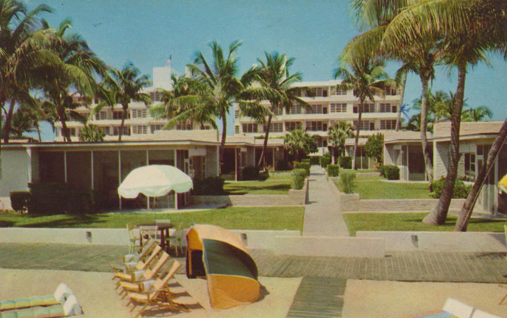 Golden Strand Hotel and Villas - Miami Beach, Florida